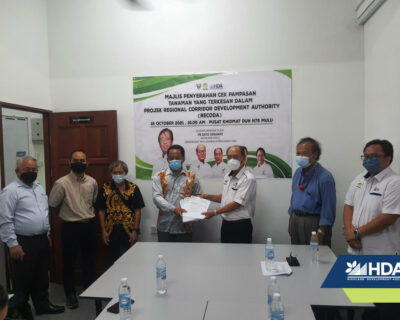 HDA Deputy Chairman hands out crop compensation cheques in Miri